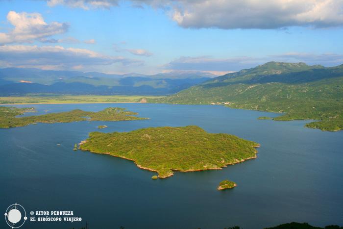 Lago Slansko en Montenegro