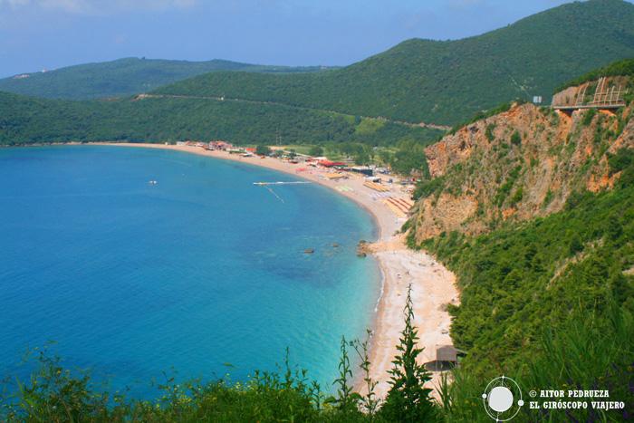 Playa de Jaz, cerca de Budva