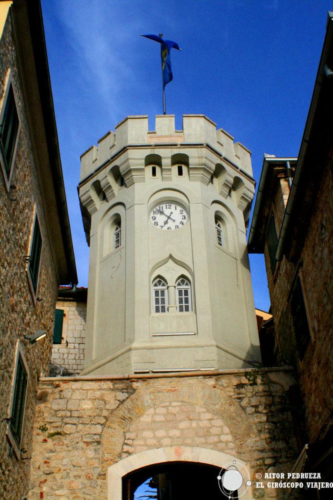 Torre del reloj de Herceg Novi
