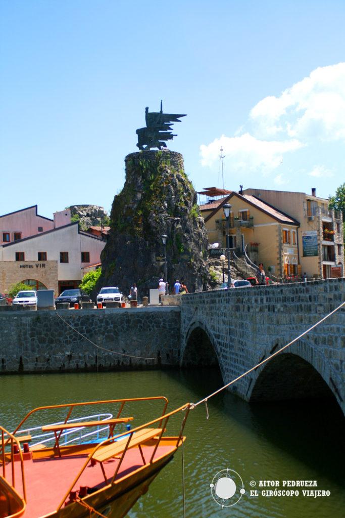 El pueblo de Virpazar