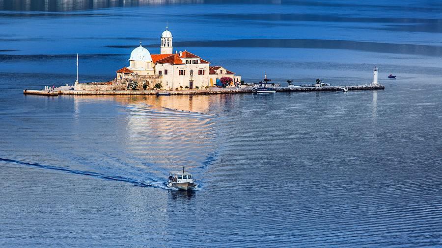 Excursión en barco a la isla de Nuestra Señora de las Rocas
